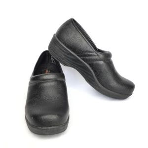 Safe T Step Comfort Slip Resistant Slip On Clogs
